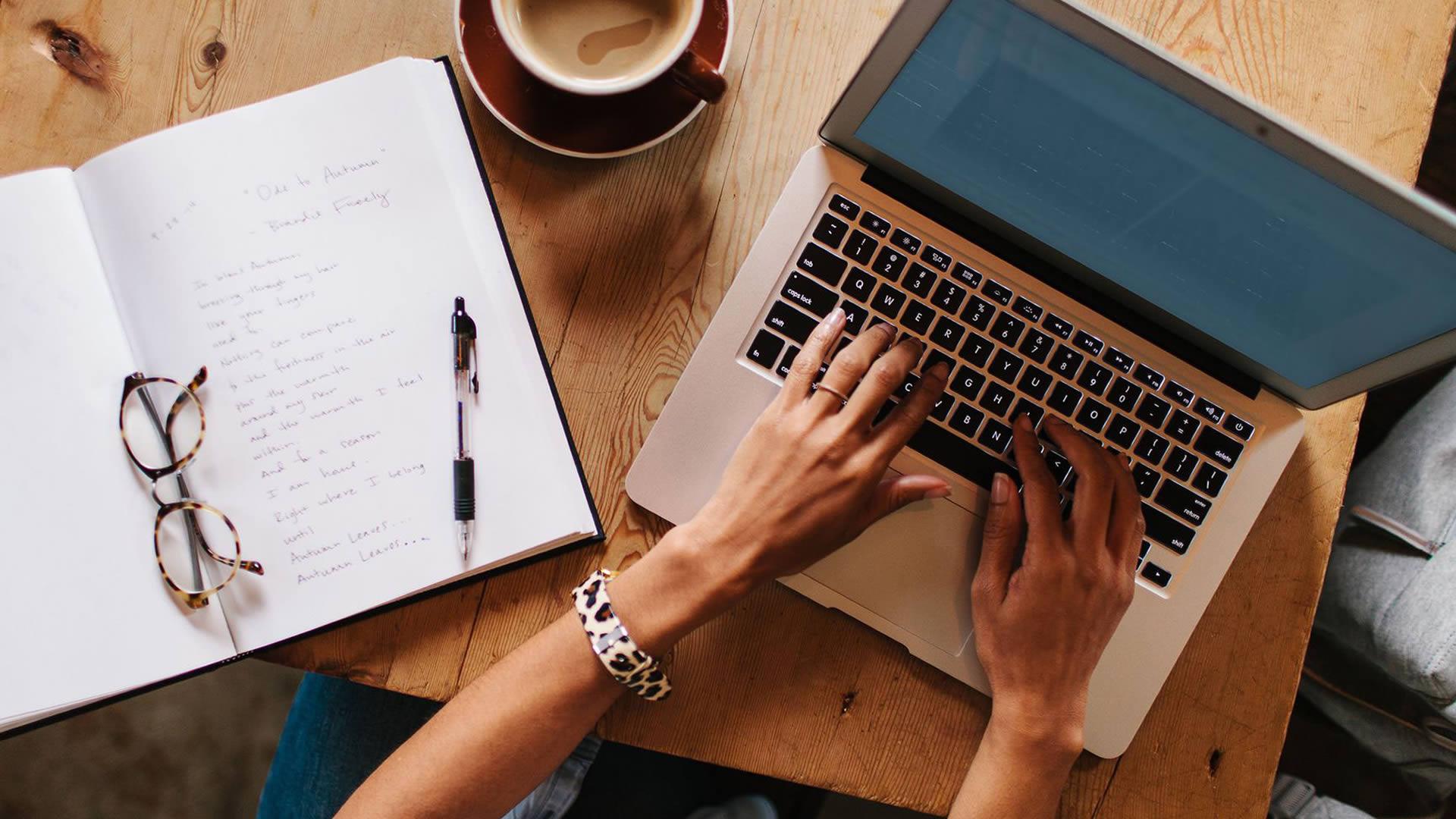 Как на фрилансе продать статью в freelance staff writer